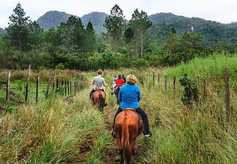 finca ixobel eco hotel poptun peten guatemala horse ride